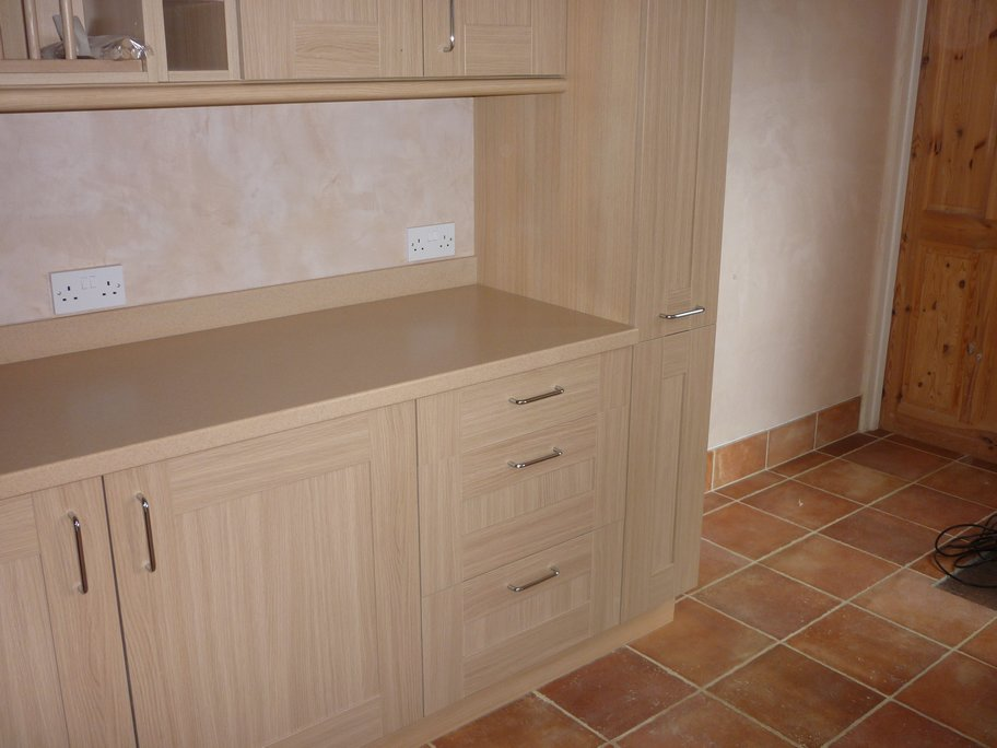 Fitted kitchens norwich carpentry and joinery services for Pictures of fitted kitchens